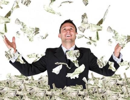 """איש עסקים קיבל כסף להלוואה עד 600,000 ש""""ח"""