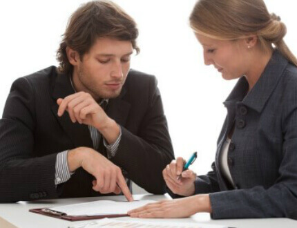 פגישת עסקים בנוגע להלוואה בערבות המדינה לגן ילדים